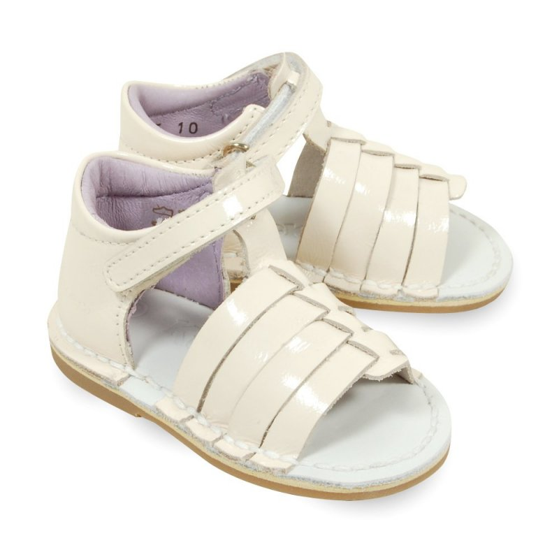 kickers colmar blanche en cuir verni sandales b b fille pas cher chaussures b b sur chauss. Black Bedroom Furniture Sets. Home Design Ideas