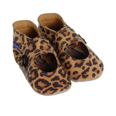 http://www.chausspetons.com/960-thickbox/inch-blue-mary-jane-leopard.jpg